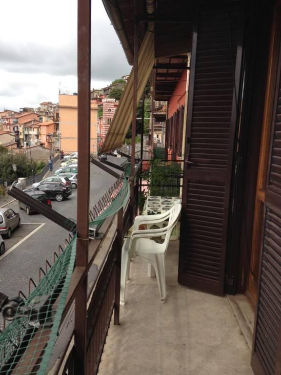 Appartamento in vendita a Rocca di Papa, 8 locali, prezzo € 199.000 | CambioCasa.it