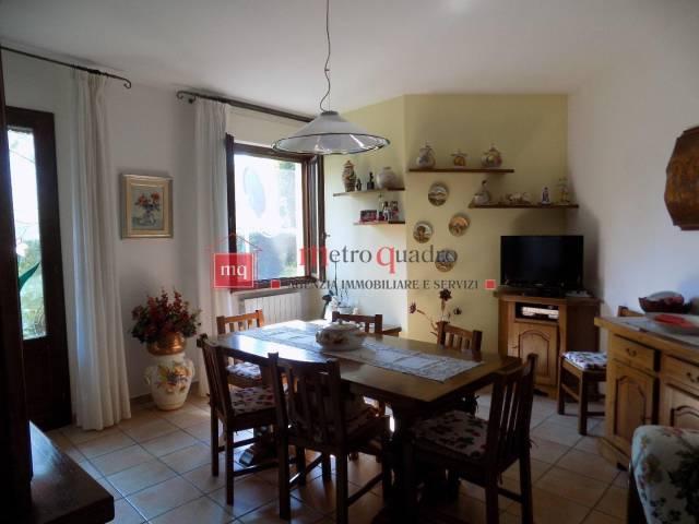 Appartamento in ottime condizioni in vendita Rif. 7252226