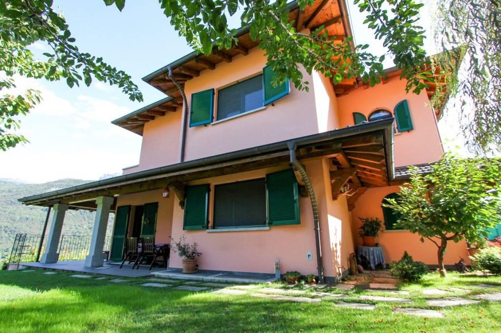 Villa in vendita a Grandola ed Uniti, 7 locali, prezzo € 480.000 | PortaleAgenzieImmobiliari.it