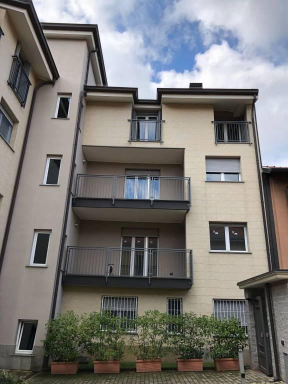 Appartamento in vendita a Novate Milanese, 3 locali, prezzo € 390.000 | CambioCasa.it