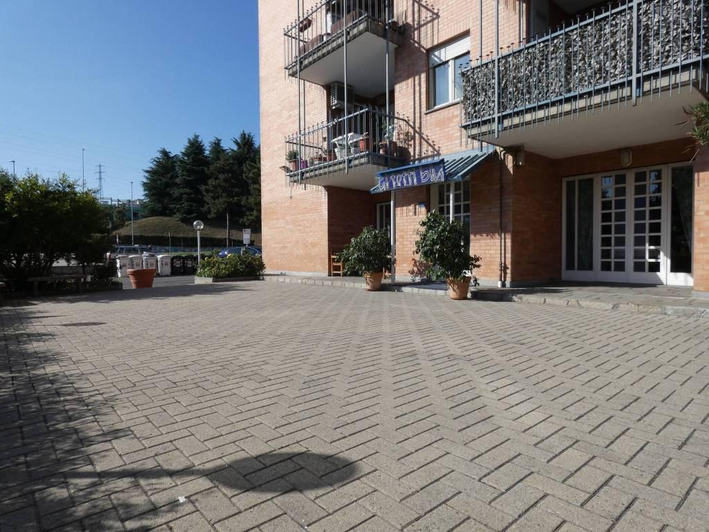 Ristorante / Pizzeria / Trattoria in vendita a Rivoli, 4 locali, prezzo € 148.000   PortaleAgenzieImmobiliari.it