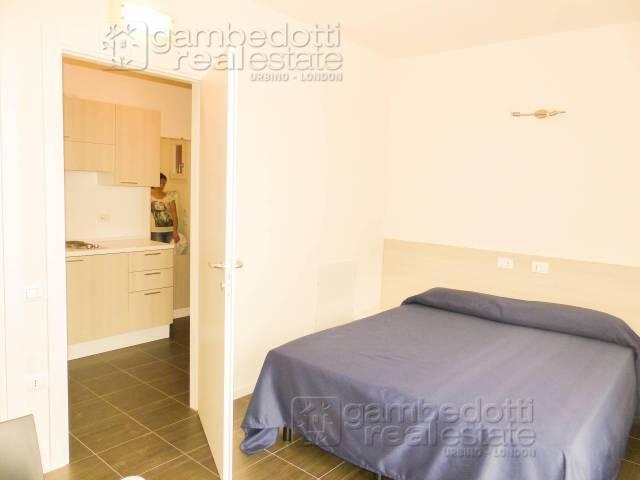Appartamento in ottime condizioni arredato in affitto Rif. 4414081