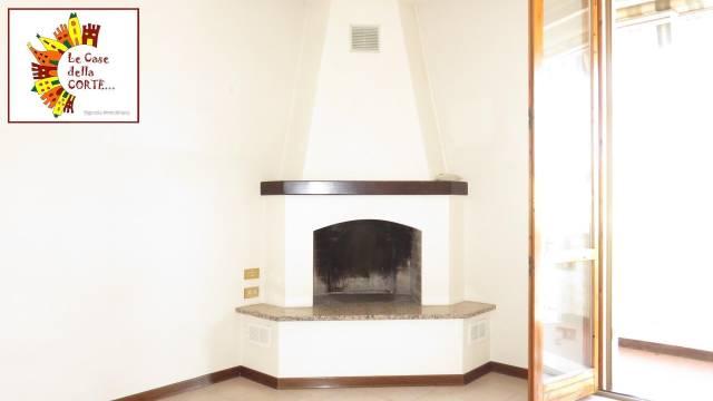 Appartamento in ottime condizioni in vendita Rif. 4837303