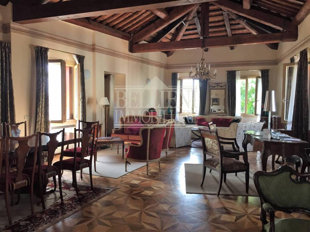 Appartamento in affitto a Vicenza, 4 locali, Trattative riservate | CambioCasa.it