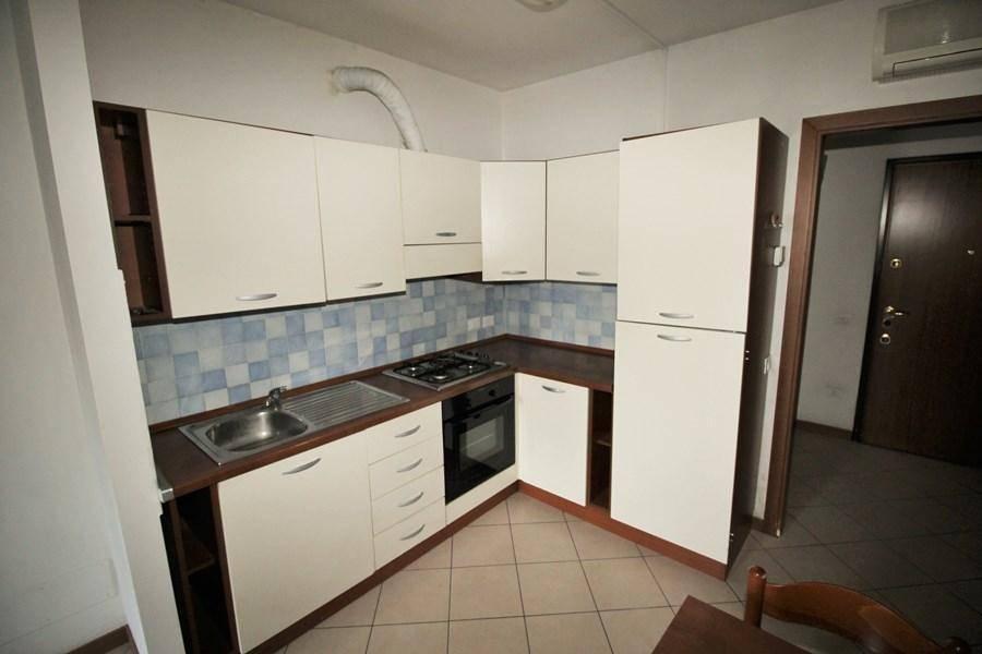 Appartamento in buone condizioni arredato in vendita Rif. 7528279