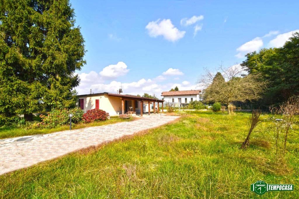 Foto 1 di Villa via Rivarolo Bossole 13, Lombardore