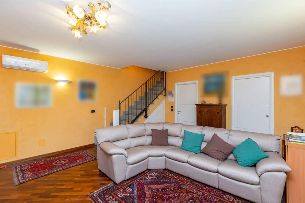 Foto 1 di Appartamento strada del Cascinotto 233, San Mauro Torinese