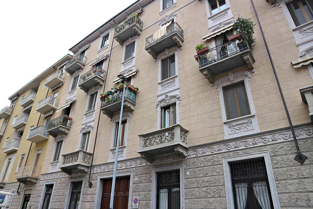 Foto 1 di Bilocale via Andorno 26, Torino (zona Vanchiglia, Regio Parco)