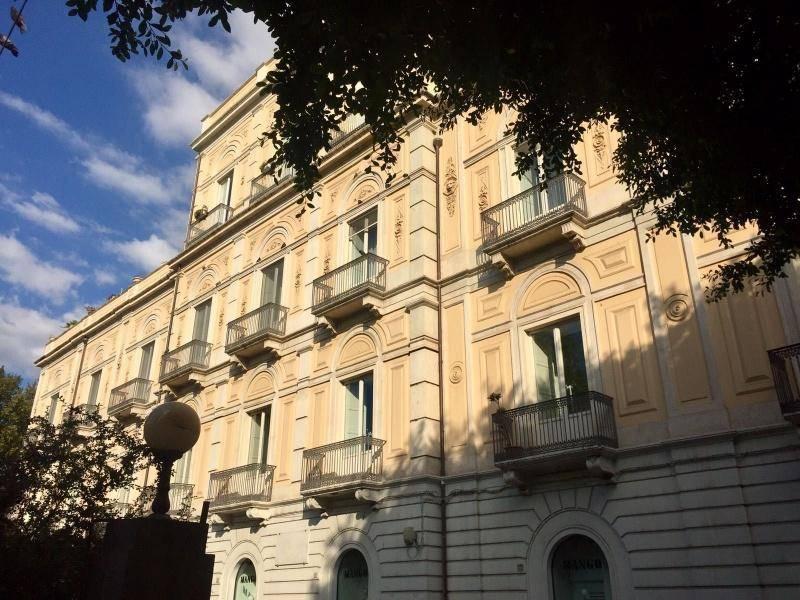 Appartamento in Vendita a Catania Centro: 5 locali, 265 mq