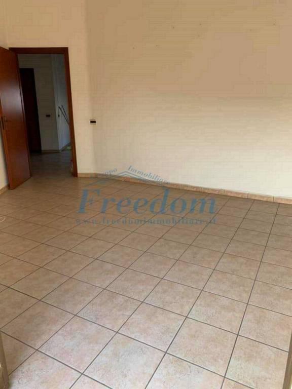 Appartamento in Vendita a Motta Sant'Anastasia Centro: 5 locali, 130 mq