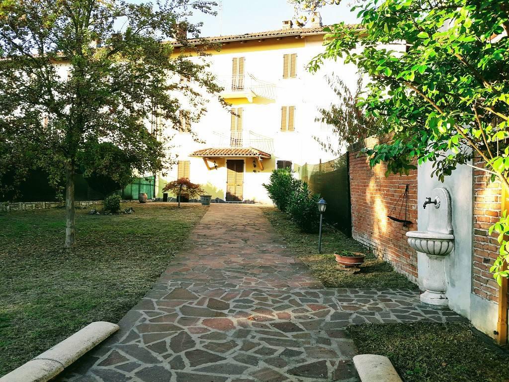Foto 1 di Villa strada Nicoline, Maretto