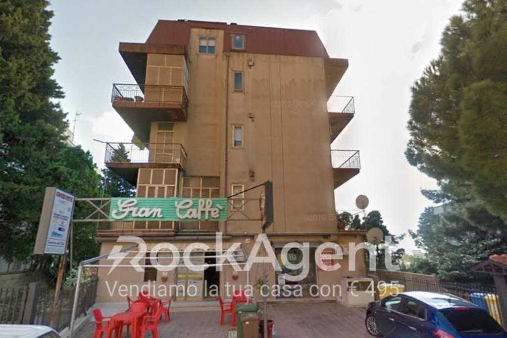 Foto 1 di Bilocale via Bambinello Gesù, Catanzaro