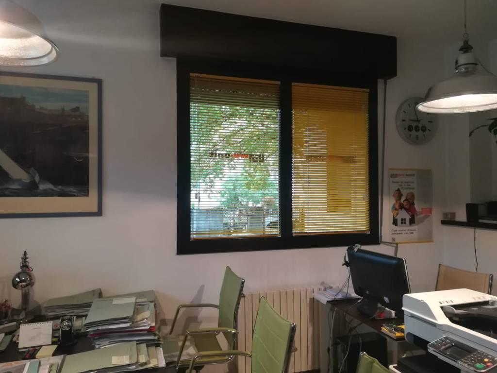 A Legnano in Affitto - 6+6 Ufficio / Studio