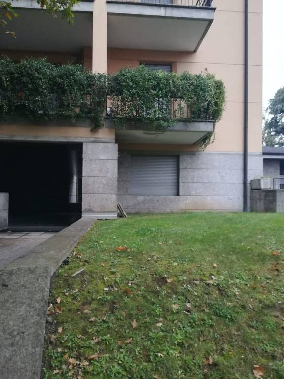 In Affitto - 6+6 Ufficio / Studio a Legnano