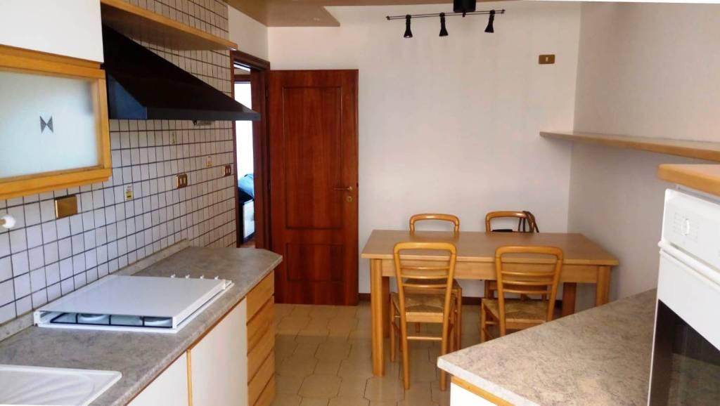 Appartamento in Affitto a Bologna Periferia Ovest: 3 locali, 70 mq