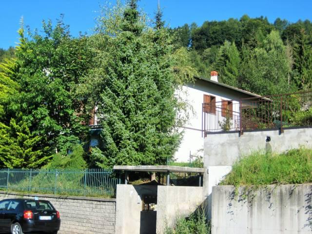 Appartamento in buone condizioni arredato in vendita Rif. 4937853