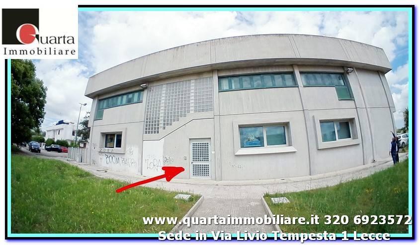 Ufficio-studio in Vendita a Lequile Periferia: 4 locali, 260 mq