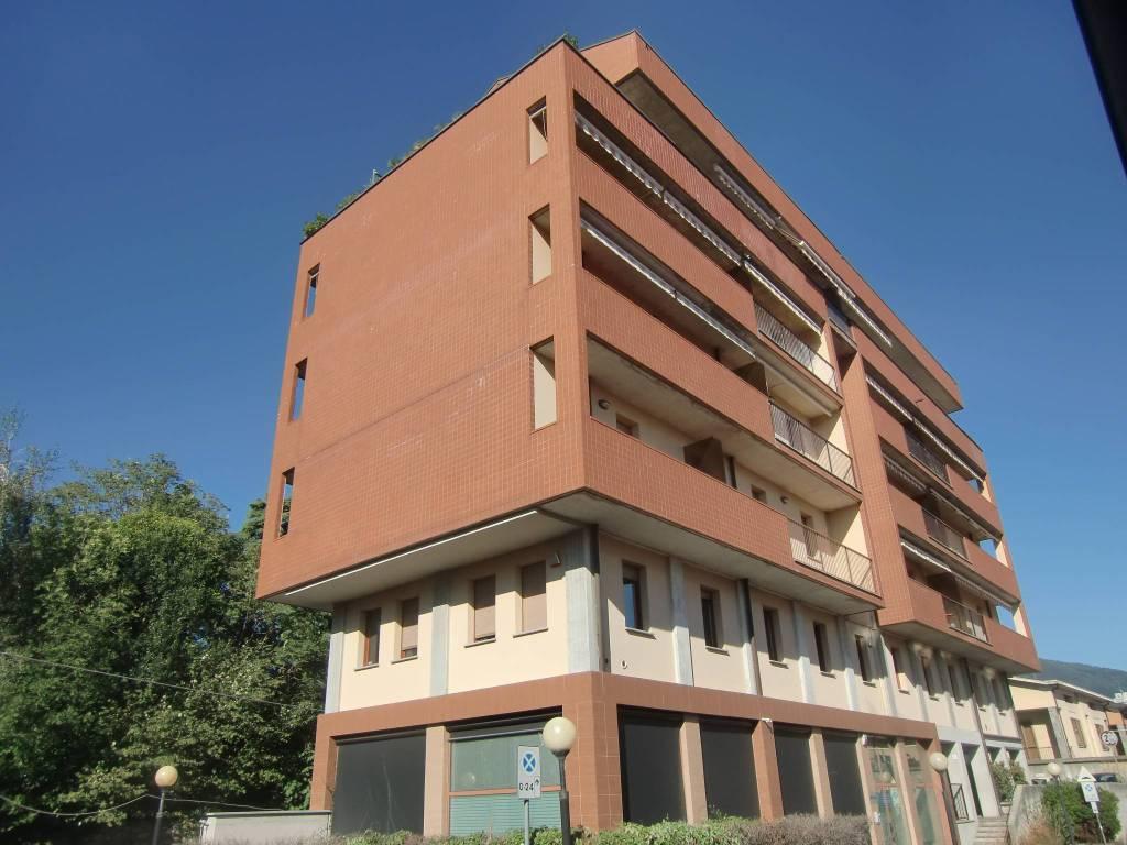 Ufficio / Studio in vendita a Erba, 2 locali, prezzo € 96.000   PortaleAgenzieImmobiliari.it