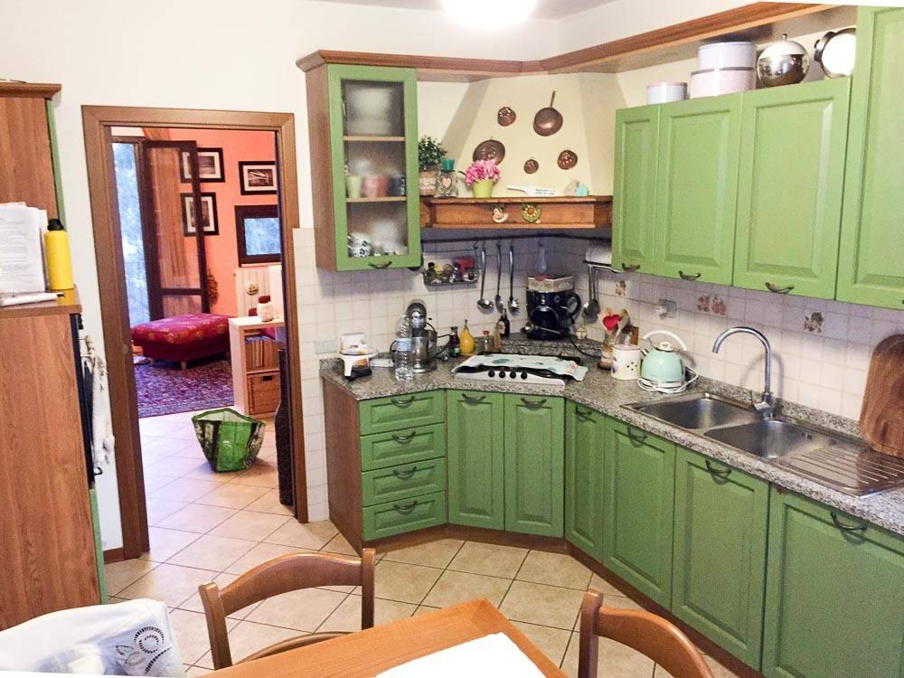 Appartamento in Vendita a Pisa Periferia: 4 locali, 95 mq