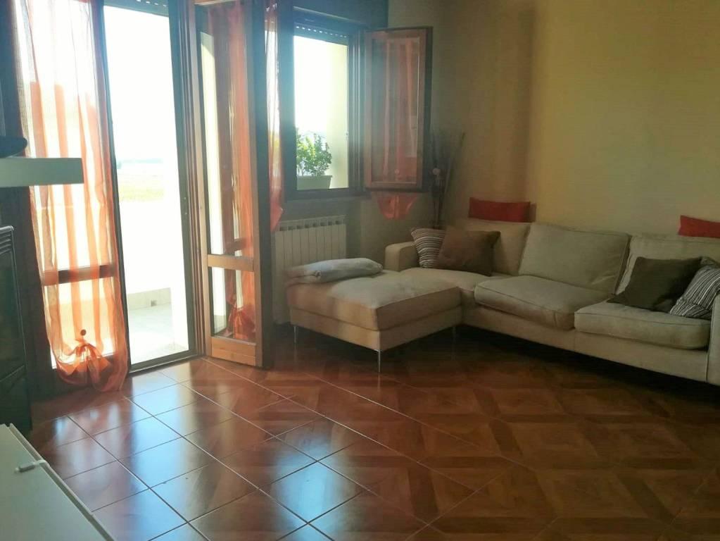 Appartamento in Vendita a Carpaneto Piacentino: 4 locali, 104 mq