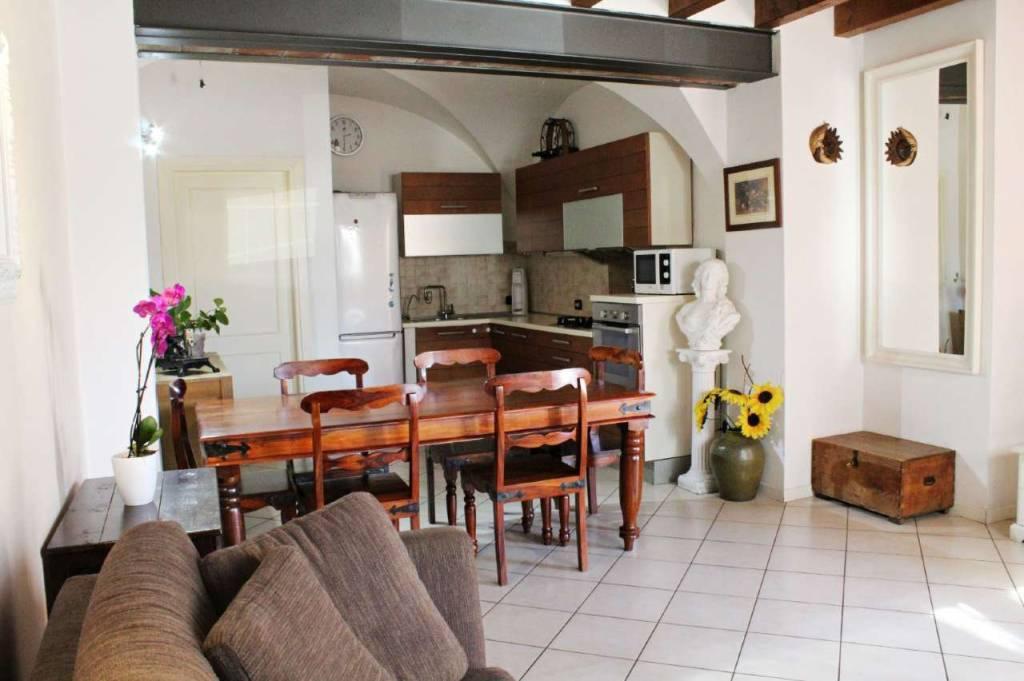 Appartamento in vendita a Calcinato, 3 locali, prezzo € 109.000 | CambioCasa.it