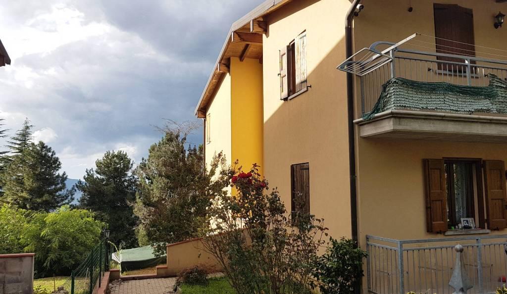 Villa in Vendita a Monzuno: 5 locali, 328 mq