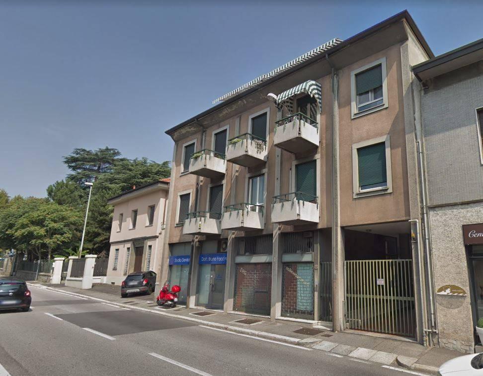 Negozio / Locale in affitto a Como, 2 locali, zona Acquanera- Albate -Muggiò -, prezzo € 250 | PortaleAgenzieImmobiliari.it