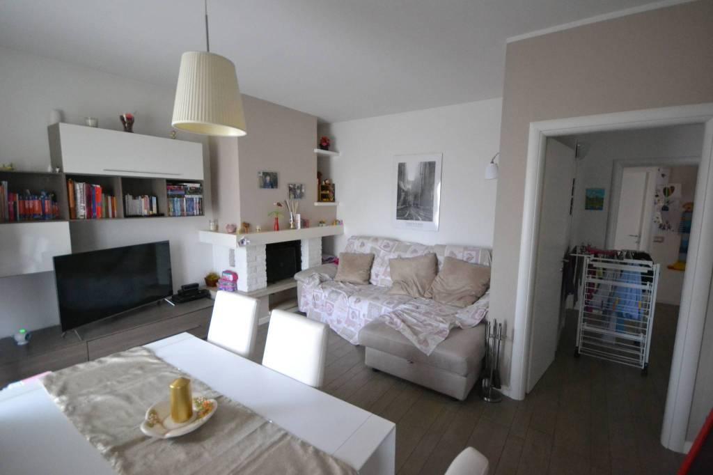 Appartamento in Vendita a San Giovanni In Persiceto Centro: 4 locali, 104 mq