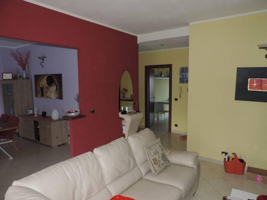 Appartamento in vendita a Desana, 4 locali, prezzo € 98.000 | PortaleAgenzieImmobiliari.it