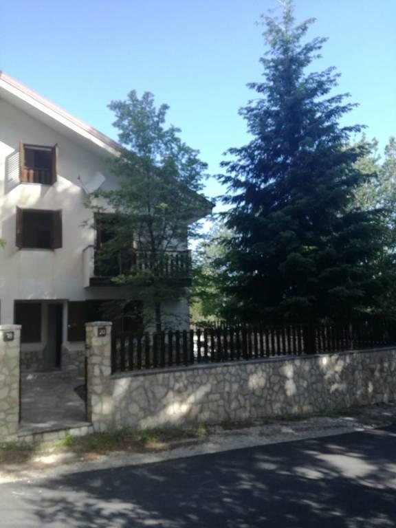 Villa a Schiera in vendita a Reggio Calabria, 5 locali, prezzo € 125.000 | CambioCasa.it