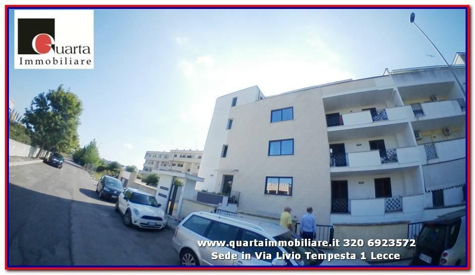 Appartamento in Affitto a Lecce Periferia: 4 locali, 115 mq