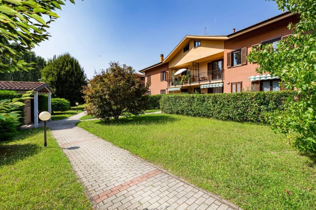 Foto 1 di Appartamento strada Cristoforo Colombo, Castiglione Torinese