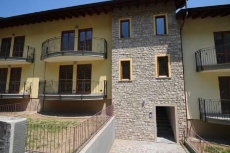 Appartamento in vendita a Almenno San Salvatore, 4 locali, prezzo € 150.000 | PortaleAgenzieImmobiliari.it