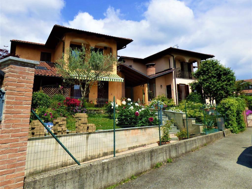 Villa in vendita a Bricherasio, 7 locali, prezzo € 249.000 | PortaleAgenzieImmobiliari.it