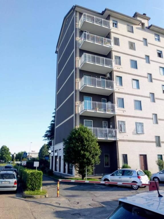 Appartamento in vendita a Cornate d'Adda, 3 locali, prezzo € 85.000 | CambioCasa.it