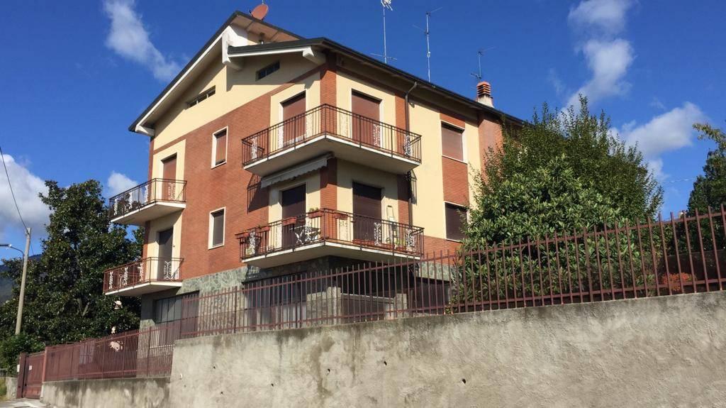 Appartamento in vendita a Longone al Segrino, 4 locali, prezzo € 230.000 | PortaleAgenzieImmobiliari.it