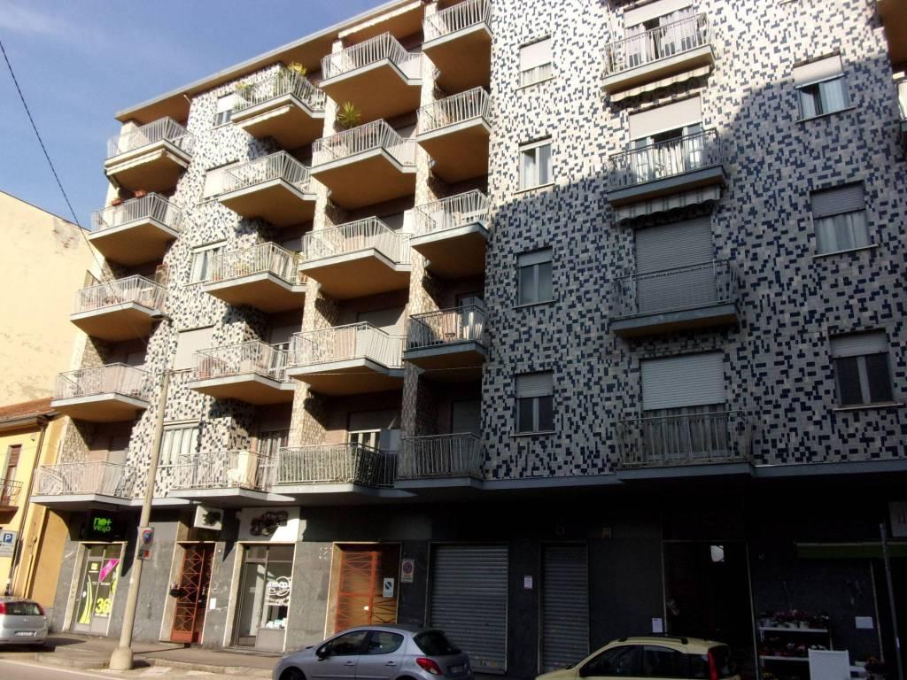 Negozio / Locale in affitto a Venaria Reale, 1 locali, prezzo € 1.000 | PortaleAgenzieImmobiliari.it