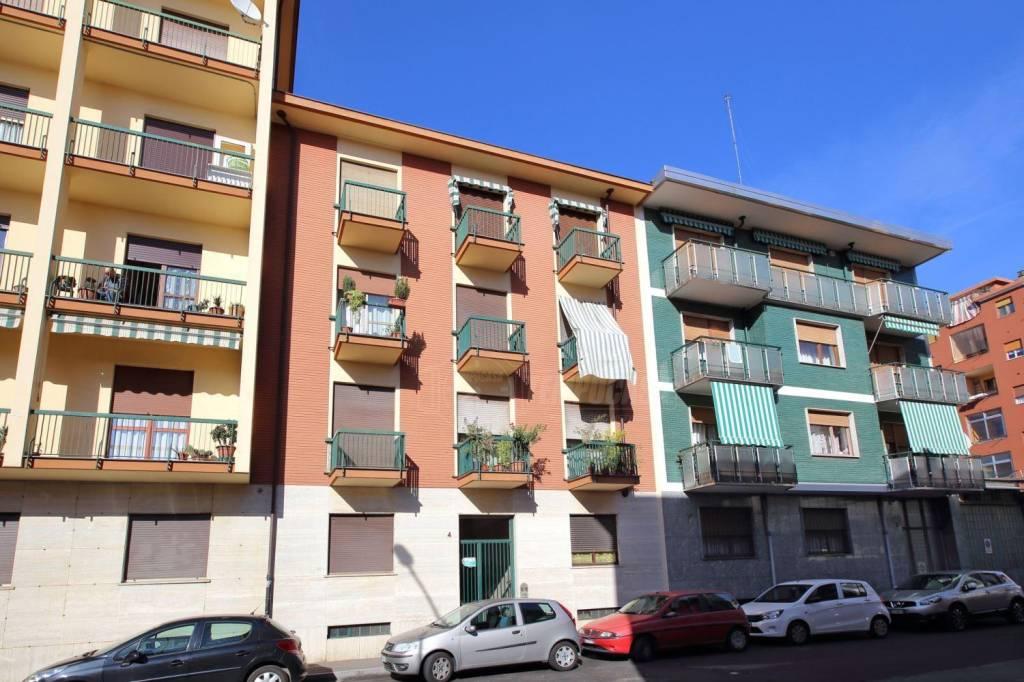 Foto 1 di Bilocale via Cesare Battisti 4, Moncalieri