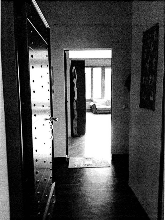 Appartamento in buone condizioni parzialmente arredato in vendita Rif. 9241265