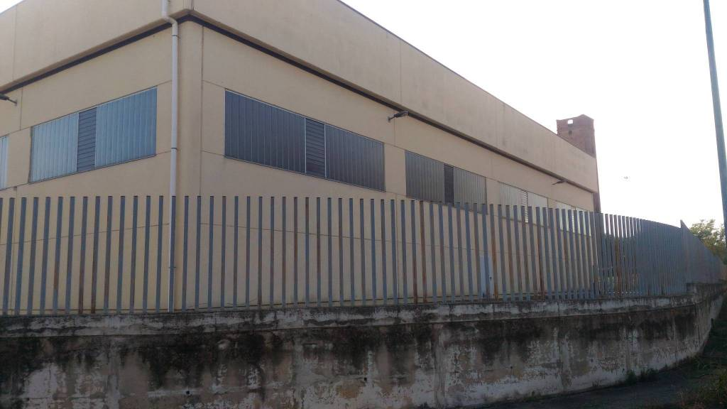 Capannone in affitto a Carignano, 6 locali, Trattative riservate | PortaleAgenzieImmobiliari.it