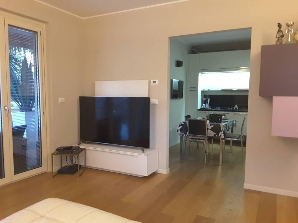 Appartamento in Vendita a Ravenna Semicentro: 4 locali, 116 mq