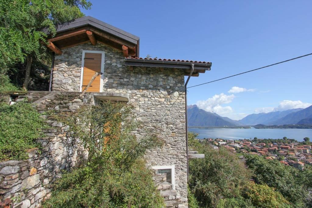 Rustico / Casale in vendita a Domaso, 4 locali, prezzo € 315.000 | PortaleAgenzieImmobiliari.it