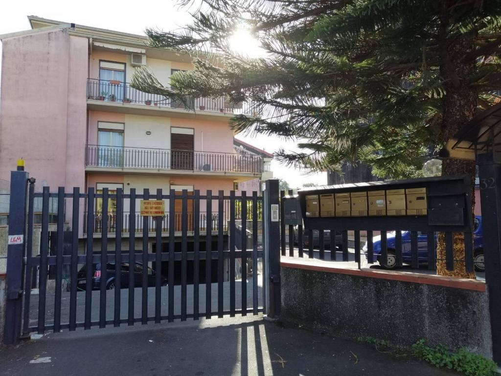 Attico in Vendita a Valverde Centro: 2 locali, 55 mq