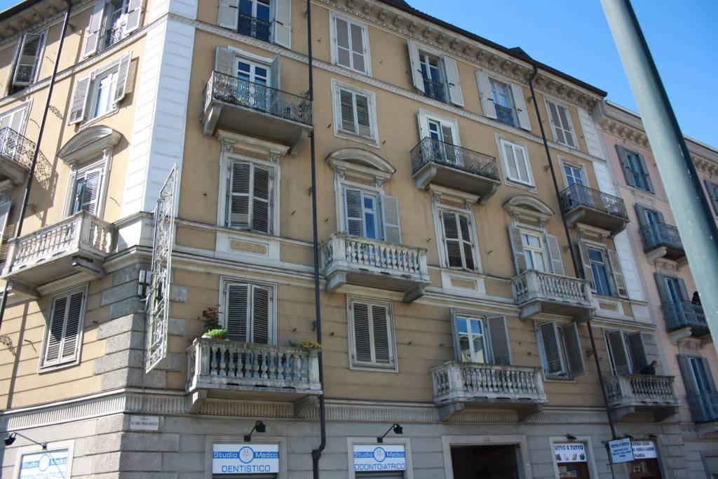 Foto 1 di Quadrilocale corso Regina Margherita 161, Torino (zona Cit Turin, San Donato, Campidoglio)