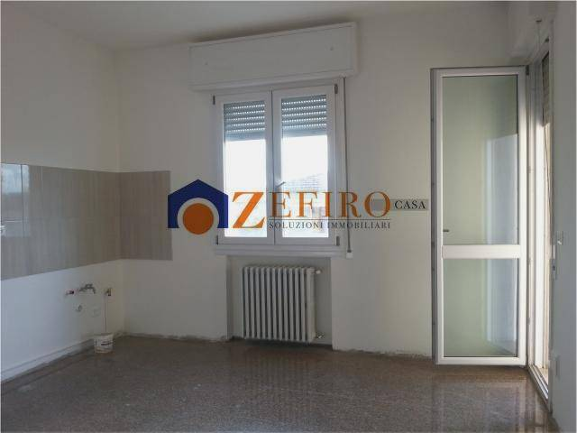 Appartamento in Affitto a San Giovanni In Persiceto Semicentro:  5 locali, 150 mq  - Foto 1