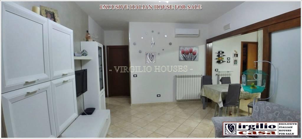 Appartamento in vendita a Carovigno, 3 locali, prezzo € 98.000   CambioCasa.it