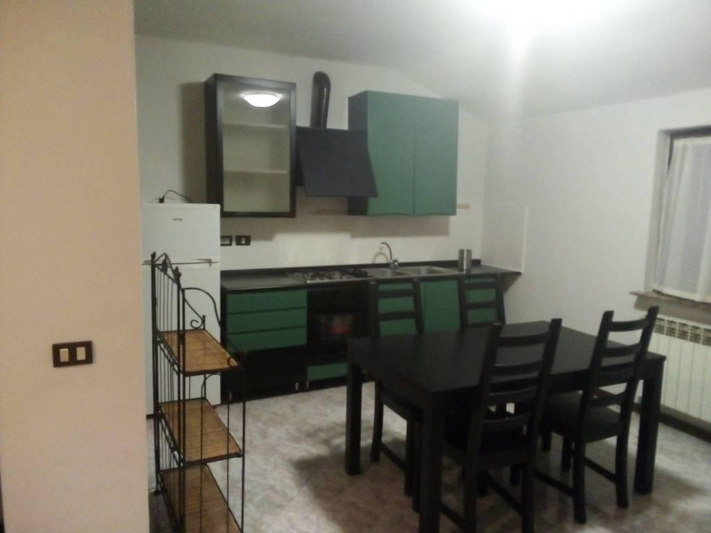 Appartamento in affitto a Vertova, 2 locali, prezzo € 400 | PortaleAgenzieImmobiliari.it