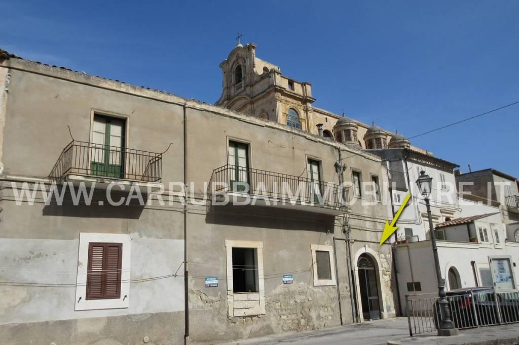 Appartamento in Vendita a Scicli Centro: 3 locali, 80 mq