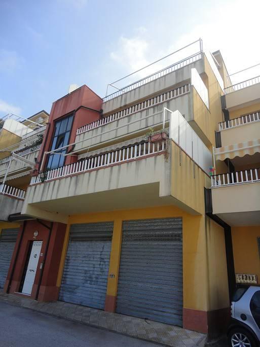 Appartamento in vendita a Piraino, 4 locali, prezzo € 120.000   PortaleAgenzieImmobiliari.it