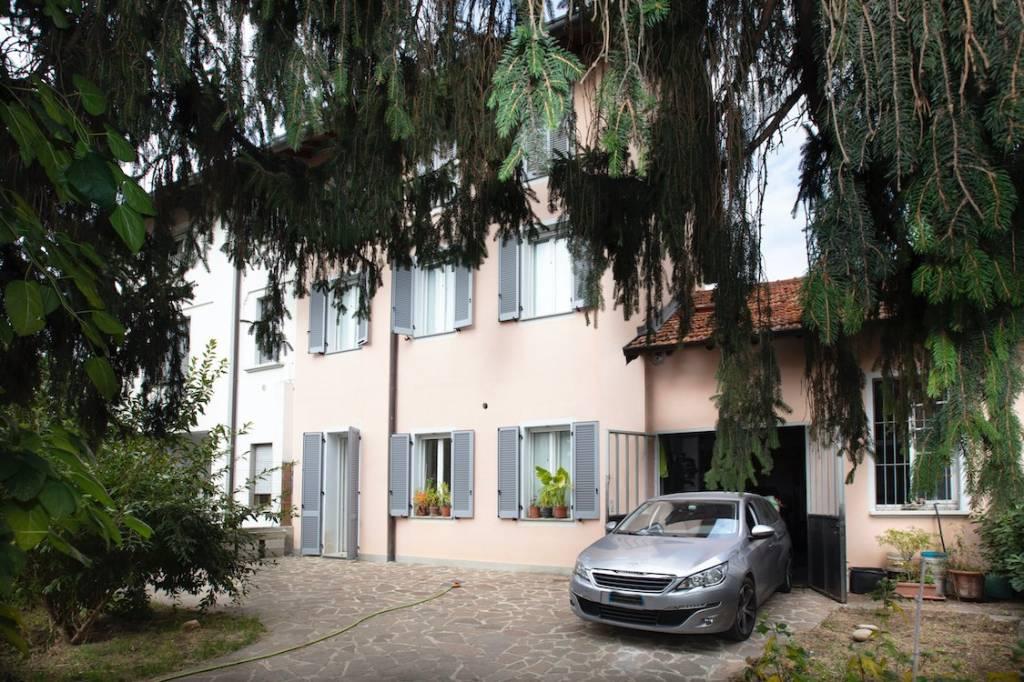 Villa in vendita a Gerenzano, 6 locali, prezzo € 548.000 | CambioCasa.it